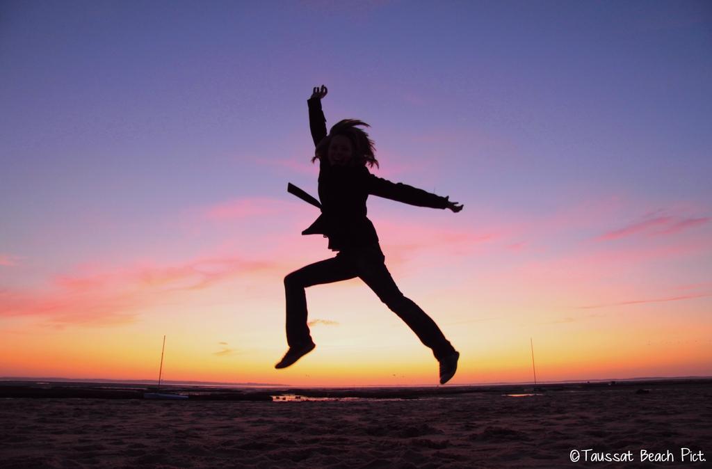 jump, coucher de soleil, plage, saut